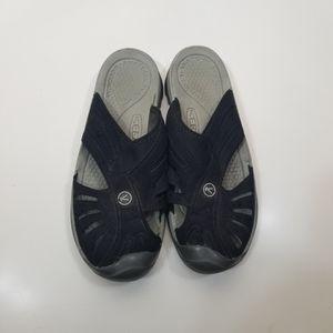 Keen Rose Black Closed Toe Slides Sandals 8.5